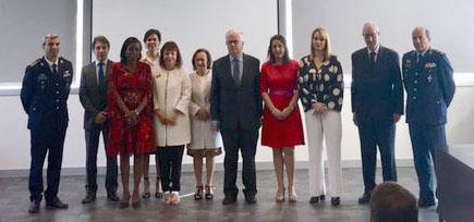 Protocolo para a formação de oficiais de justiça e forças de segurança sobre violência doméstica e violência de género
