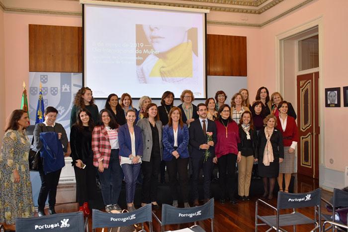 Encontro 'Igualdade de Oportunidades e Diferenças de Género' no Dia Internacional das Mulheres
