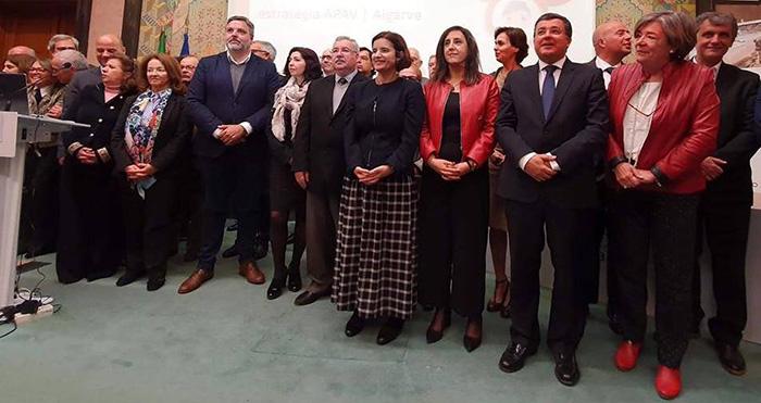 Assinatura de protocolos para a territorialização da rede nacional de apoio às vítimas de violência doméstica nos 16 concelhos do Algarve e no de Odemira