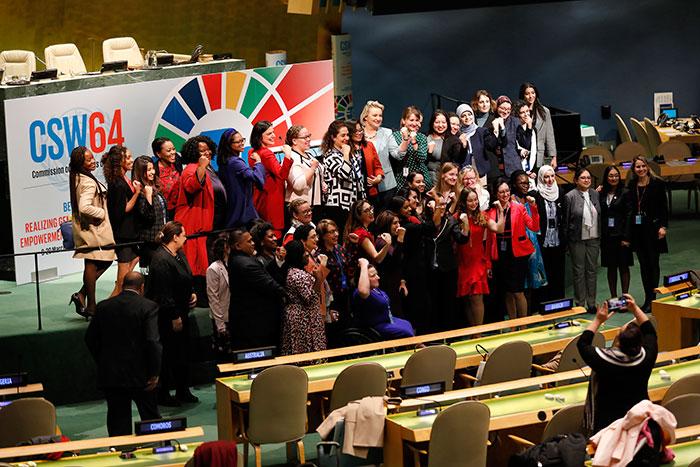 Estados Membros concordam em implementar integralmente a Declaração de Pequim sobre igualdade de género