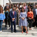 Foto de grupo que assistiu à cerimónia.